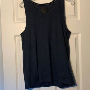 A&F tank top / size s (NEW)
